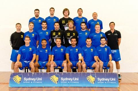 team photo of Sydney Uni club